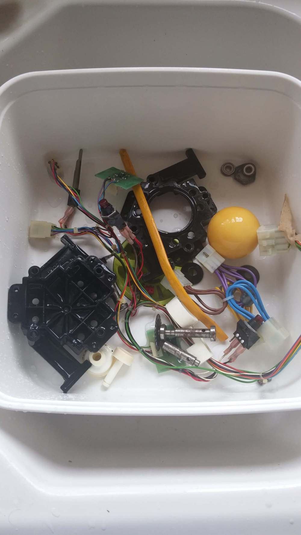 Atari Centipede Upright Restoration 1 The Arcade Blogger Washer Wiring Harness Repair Together With Tv Circuit Board 20160515 164438 Min