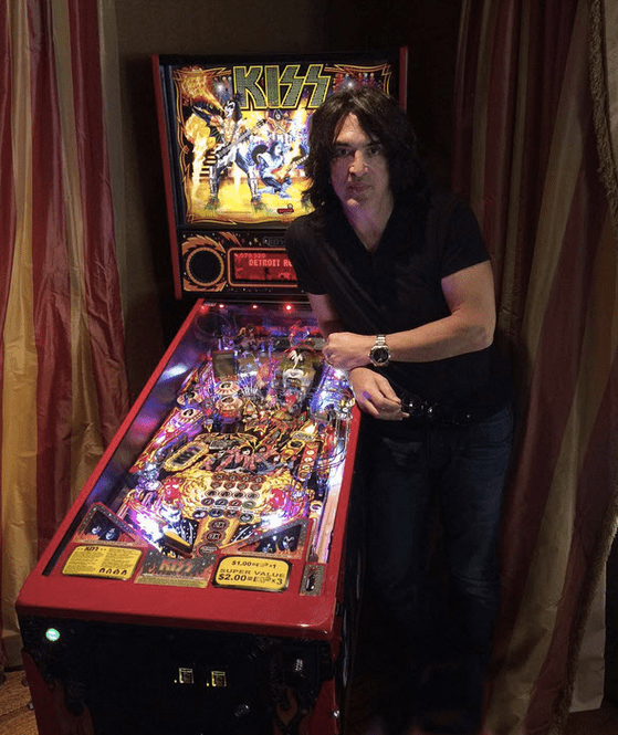 kiss-pinball-paul-stanley