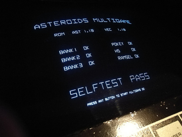 Asteroids MultiGame16