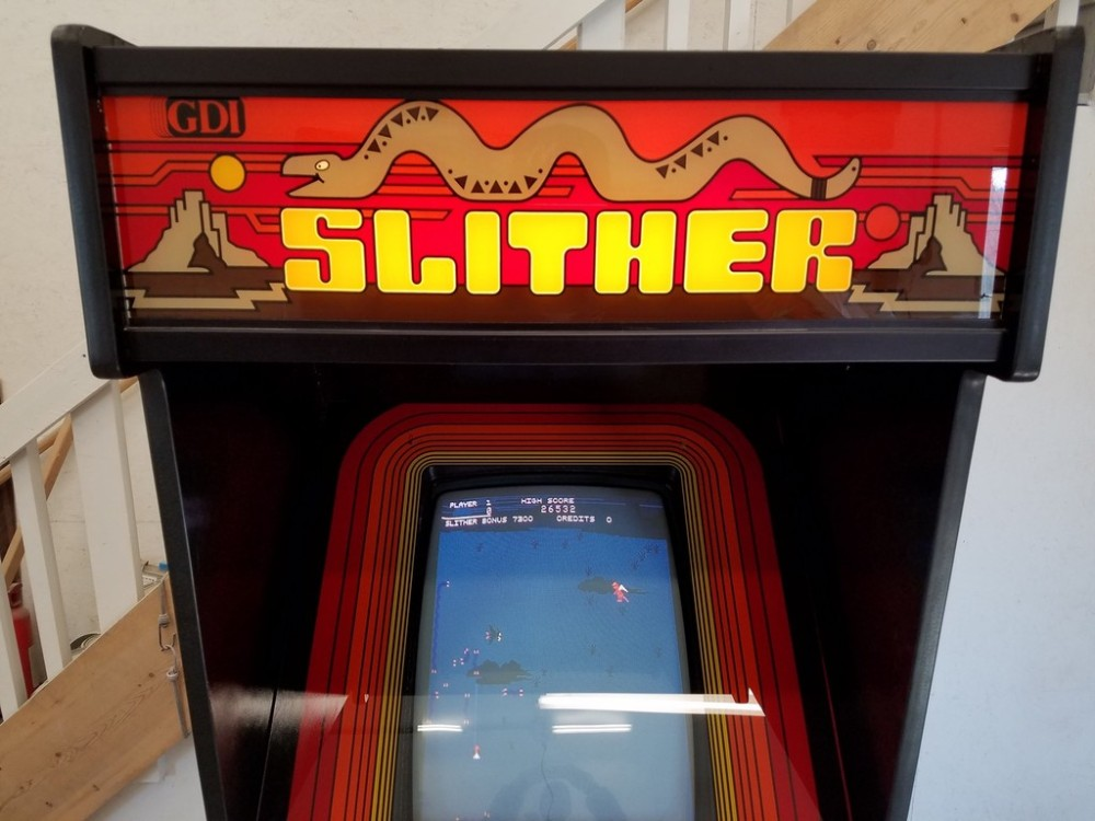 Slither Marquee