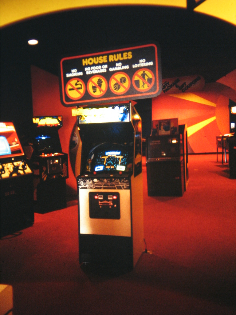 Time out arcade amazing classic arcade pictures from c for House music classics 1980s