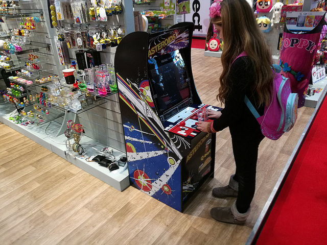 Nice Licenced Mini Cabs In USA - UK-VAC : UK Video Arcade Collectors