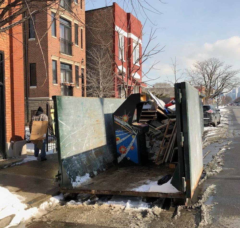 Dumpster Find Jan 2018 credit Andys-Arcade