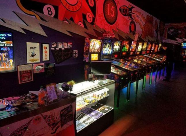 Retrovolt Arcade
